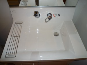 施工後:洗面化粧台 LIXIL ピアラ ボール