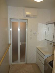施工後:洗面室側の暖房機