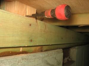 和室施工前3 床下からの写真