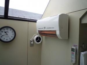 洗面室・暖房機-02