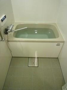 新規ユニットバス タカラ 広ろ美ろ浴室 床排水口