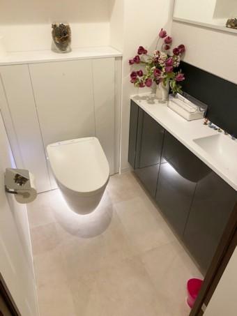フロートデザインのトイレでスッキリキレイ