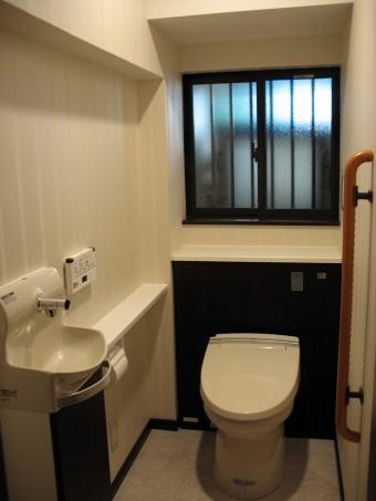 INAXのシステムトイレ ピタL型に交換