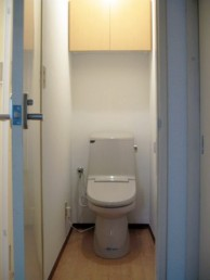 落ち着きのあるトイレ空間