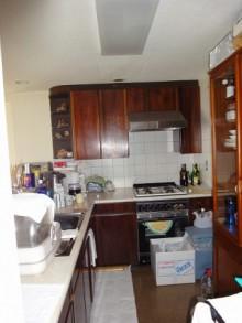 機能的で開放的なキッチン