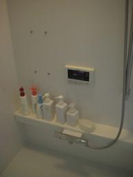 お掃除ラクラク、暖かい浴室にリフォーム
