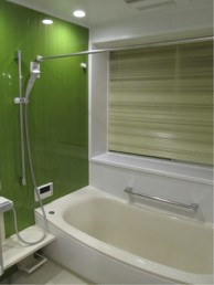 耐震補強も兼ねて浴室をサイズアップ