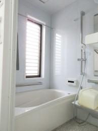 戸建ての浴室をTOTOサザナ1216サイズにお取替え