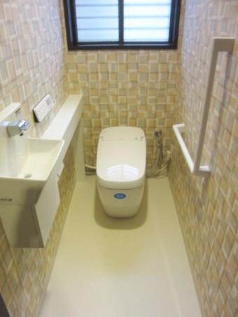 サティスGタイプリトイレ手洗いカウンター付きにお取替え
