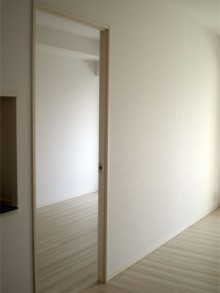 二つのお部屋を一つの空間に間仕切り撤去