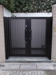 電気錠の門扉取替工事