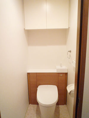 収納一体型トイレLIXILリフォレにお取替え