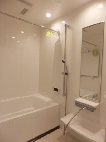 「ぴったりサイズ」タカラの浴室でサイズアップ!
