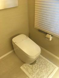 トイレ3台をLIXILのサティスにお取替え 港区K様邸