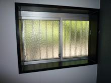ガラス交換とインプラス取付工事