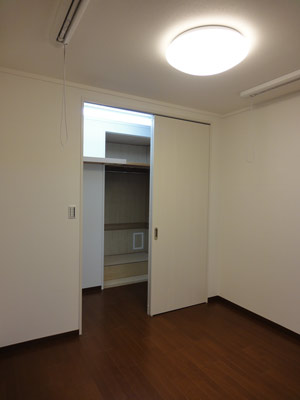 収納もたっぷり!LD隣接の最強和室改修