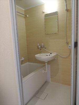 3点ユニットからトイレ・お風呂を別々に