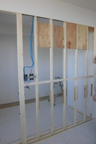 建具を3枚連動引戸に変更し、開放的&フレキシブルな空間に