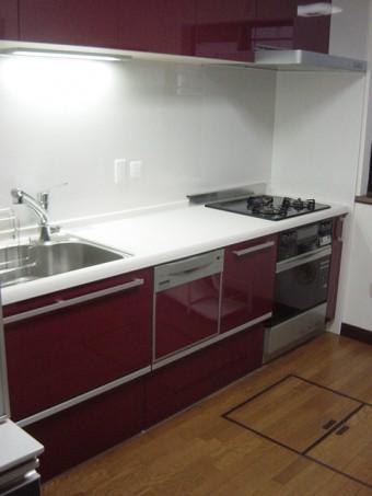 年数のたったシステムキッチンをリニューアル