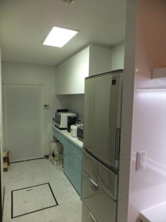 リビングと一体の対面キッチンにリフォーム