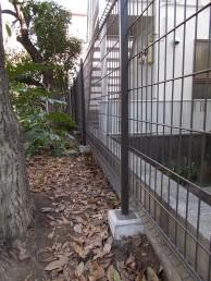 木製塀をグリッドフェンスお取替え