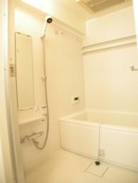 明るくお掃除しやすい浴室へ