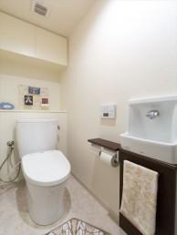 収納力アップ! 床下・壁面収納が豊富なマンションにリフォーム