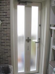 リフォーム後の勝手口ドア