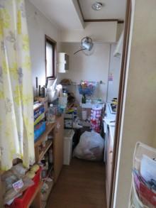 奥まった場所にあったキッチンを対面キッチンに