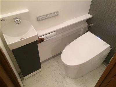 スタイリッシュで使いやすいトイレに
