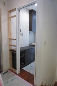 間仕切り壁及びドアの新設で暖房効果UP!