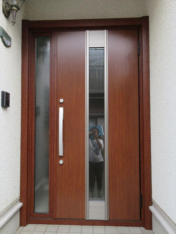 カバー工法 LIXILリシェントで玄関ドアのお取替え