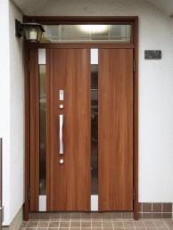 カバー工法で1日で玄関ドアのお取替え