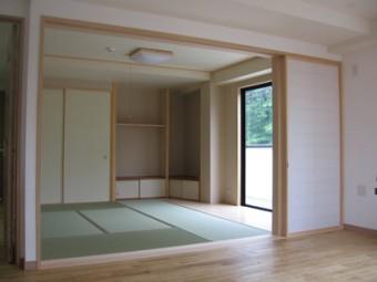 漆喰など自然素材を利用し、健康的な空間に