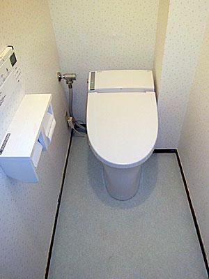 INAXのきれいトイレ『サティス』に交換