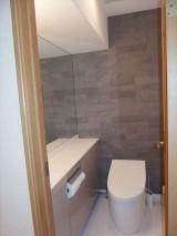 TOTO ネオレストで高級感のあるトイレに  品川区H様邸
